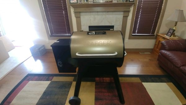 Traeger Series 22 Smoker